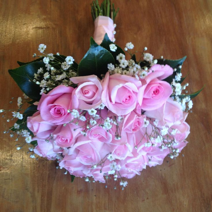 Cute, traditional rose bouquet with baby's breath.  #thewildorchid #pinkroses #babysbreath
