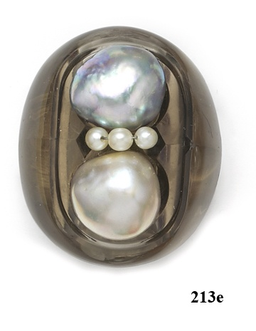 Belperron twin pearl & smoky quartz ring. She is my favorite jewelry designer. This says a lot as I see thousands of rare jewels in my work.