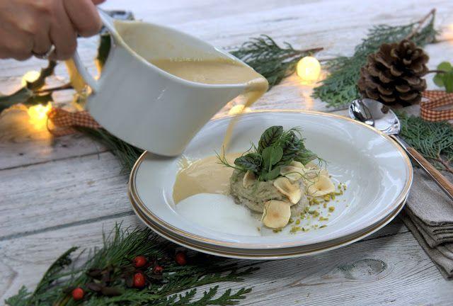 szczypta smaQ: Zupa z pieczonych boczniaków z puree z topinamburu...