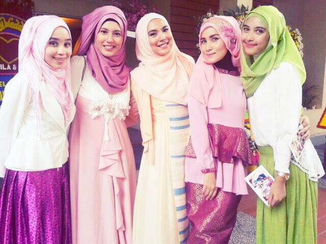 Different Hijab Styles, for formal events, with lovely girls.
