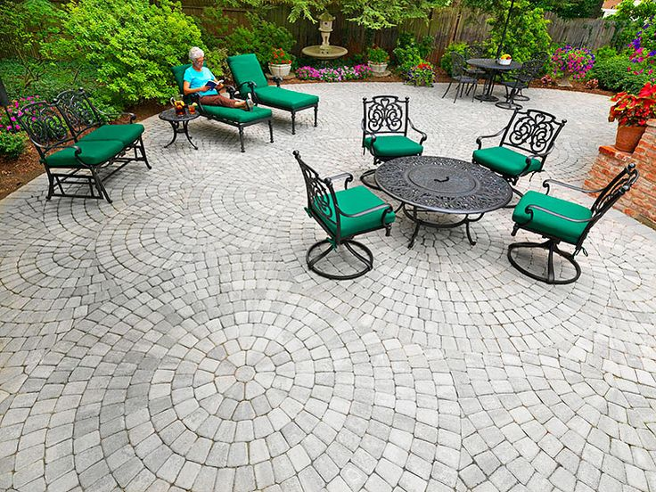 Patio Paving Stones Photos   Interlocking Paver Designs For Patios   System  Pavers