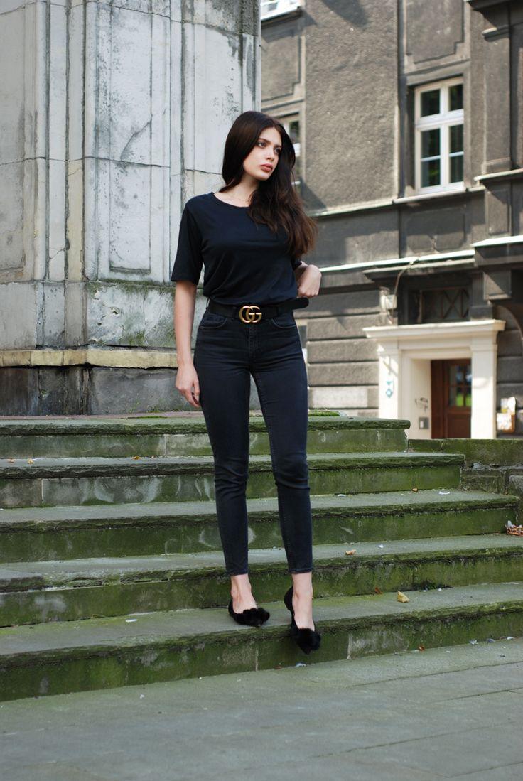Moye  t-shirt, COS  jeans, Gucci  belt, Zofia Chylak  bag, Anna Baiguera  ballerinas