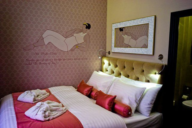 Book your stay NOW till 31.1.2014 and SAVE 20%!  Valid for stays in period 3rd January - 31st March 2014   Only for weekends min. stay is 2 nights Rate includes: accommodation with rich breakfast each day, FREE Wi-FI, VAT and all taxes — v Design Hotel Jewel Prague ****