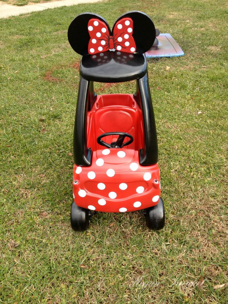 Redo the girl's little tikes cars from yard sale. Kylie car pink Minnie Mouse and Keira's car purple Minnie Mouse.