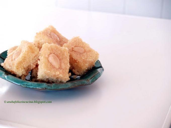 Una tradizionale ricetta araba - Ricetta Dessert : Basbousa (dolce arabo di semolino) da Arabafelice