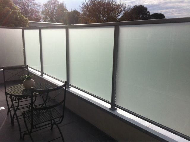 Acid Etched Glass Privacy Screen