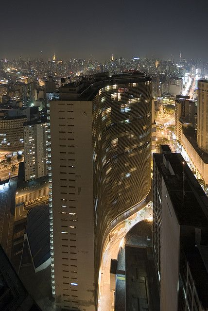 A vista do dia do meu noivado! Aii inesquecivel! COPAN Building downtown Sao Paulo 1951-57  Architect: Oscar Niemeyer