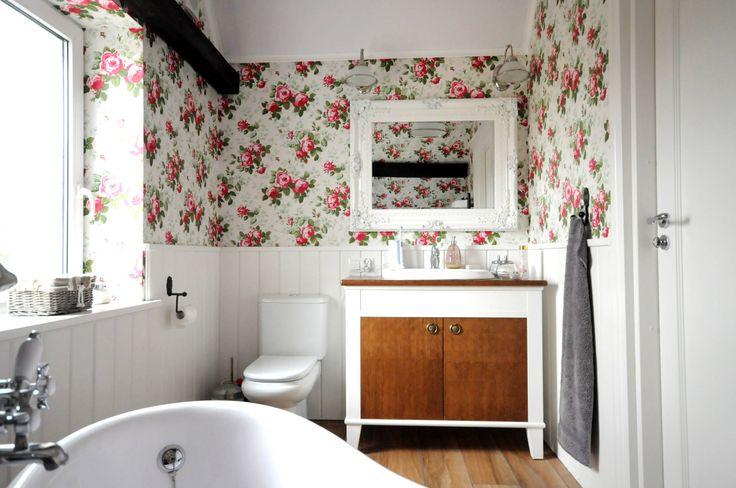 Ванная комната в стиле кантри от Grzegorz Popiołek Projektowanie Wnętrz
