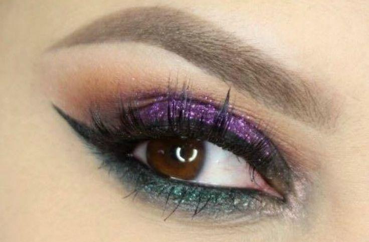 #kamzakrasou #sexi #love #make-up #dyi #diy #make-up #tutorials #eyes #eyes-tutorials #beauty #cosmetics #eyes-shadow #maskara #licenie #liner #beautiful #pretty #pink #gil #woman #womanbeauty #womanpower #love #follow4follow #followforfollov #like4like #likeforlike #picoftheday #amazing #inwag #fbgood #history #kamzakrasou #kamzakrasousk Krok za krokom: Výrazné farebné líčenie - KAMzaKRÁSOU.sk