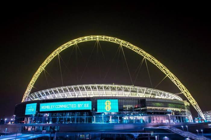 L'arche du Stade de Wembley connectée aux Fans qui pourront en changer la couleur.  http://www.sportbuzzbusiness.fr/larche-du-stade-wembley-connectee-aux-fans-pourront-en-changer-couleur.html