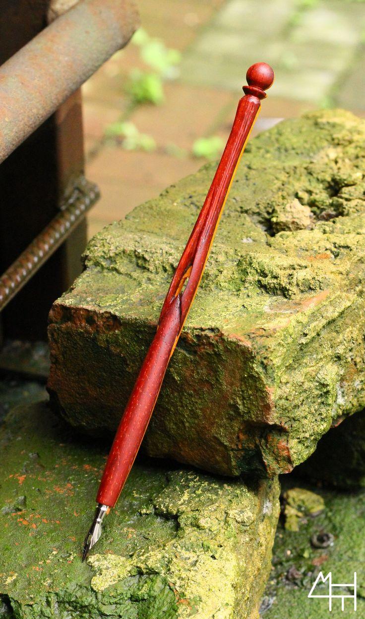Wooden fountain pen by NisonovArt