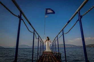 Absolutely stunning - Bride & photo http://www.kefaloniawedding.com/ #weddingphotos #weddiningreece #mythosweddings #kefalonia