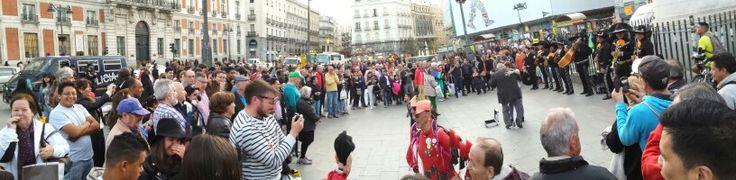 Todo un exito ei Mariachi en Plaza de España, Madrid