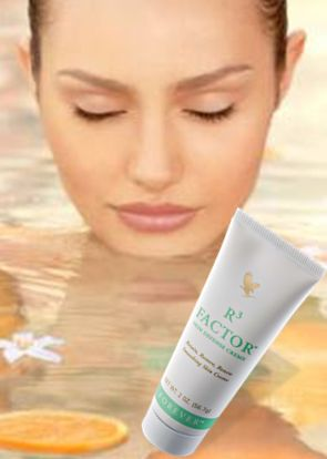Help your skin RETAIN its natural moisture, RESTORE its resilience and RENEW its appearance with R3 Factor Skin Defense Creme – a rich combination of stabilized Aloe Vera gel, soluble collagen & alpha-hydroxy acids, fortified with vitamins A and E, each vital to healthy skin.