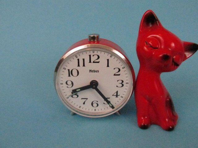 Vintage alarm clock by Mebus/Vintage Wecker von Mebus | Germany by ShabbRockRepublic on Etsy https://www.etsy.com/listing/215096555/vintage-alarm-clock-by-mebusvintage