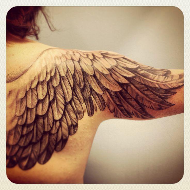 примерно тату крылья ангела фото и значение могильник, плющ, хрещатик