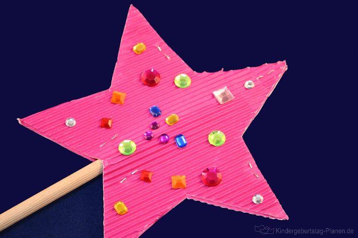 Feenstab zum selbst basteln - mit dieser Anleitung zaubern kleine Feen wunderschöne Feenstäbe! Die Vorlage für den Stern gibt es gleich dazu ...