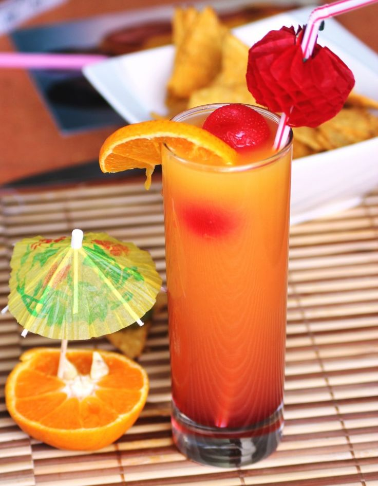Best 25 tequila mixed drinks ideas on pinterest pink for Tequila mixed drink recipes