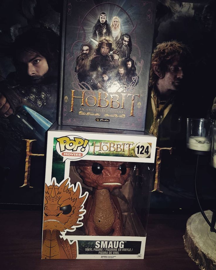 Hobbit Call   In a hole in the ground there lived a hobbit  #hobbit #hobbithole #shire #funkophotography #funkopop #funko #middleearth #frodobaggins #bilbo #balrog #thorin #samwisegamgee #gandalf #saruman #sauron #kili #fili #thelonleymountain #erebor #funkosammelkiste #funkofunatic #funkofamily #funkomania #smaug #emp