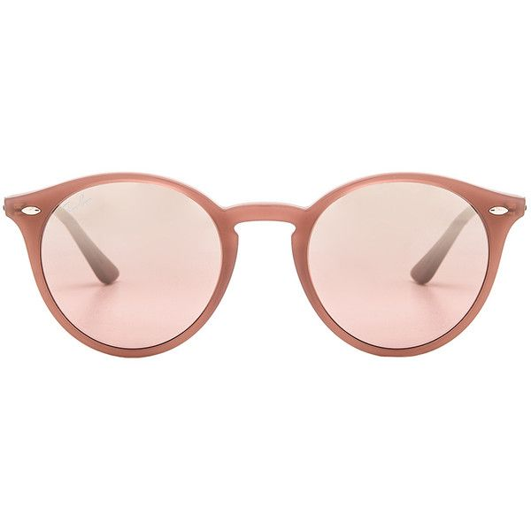 Ray-Ban Round Classic (€130) ❤ liked on Polyvore featuring accessories, eyewear, sunglasses, uv protection glasses, rounded sunglasses, round glasses, ray ban sunnies and ray ban eyewear