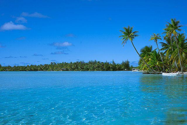 Blue Lagoon french polynesia on a budget