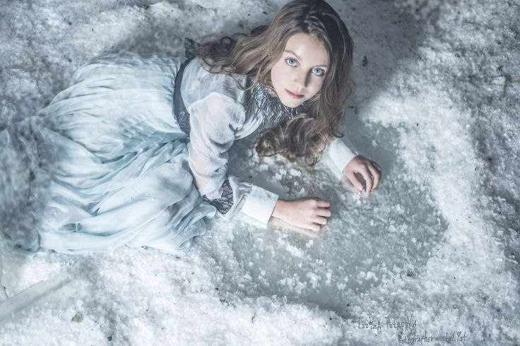 """ALINA""    *Photographer, stylist, decorator: Looiza Potapova    * Dres:  Valentino     * Assistant photographer: Alexander Maligin    * LOOIZAPOTAPOVA.COM     * + 7 (926) 842-74-08"