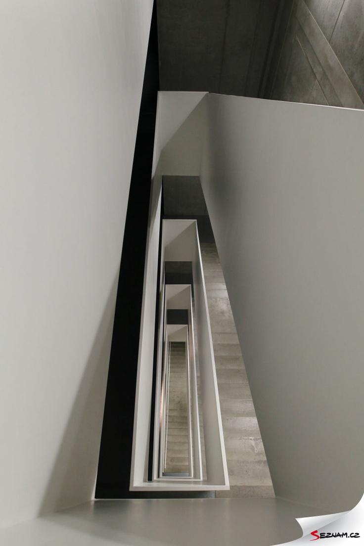 Schodiště v naší budově. #design #stairs