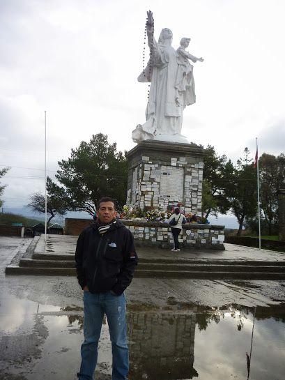 Talca es una ciudad y comuna de Chile, capital de la Región del Maule y de la provincia homónima. Centro administrativo, económico y cultural de la región, es la ciudad más importante del Valle longitudinal o Central chileno[cita requerida], y de las más pobladas junto a Rancagua y Chillán