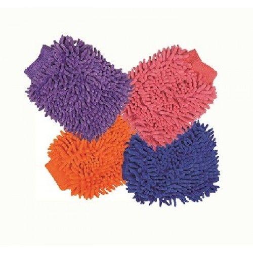Handige poetshandschoen voor het verwijderen van de laatste stof en het glanzend maken van de vacht