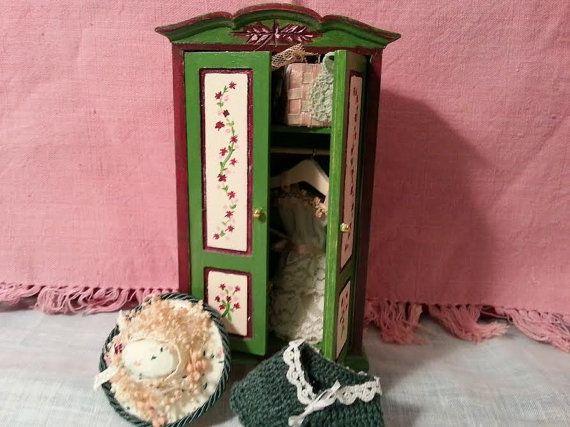 Cabinet  bag  hat  1:12 scale  dollhouse by LaboratoriodiManu