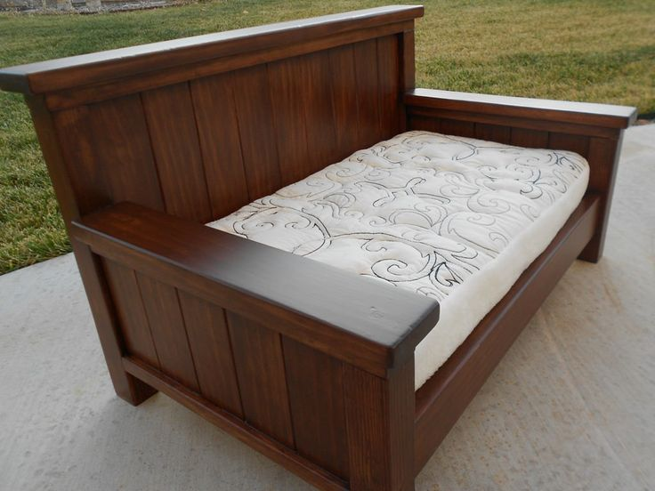 Best 25+ Wooden daybed ideas on Pinterest | Sun lounger ...