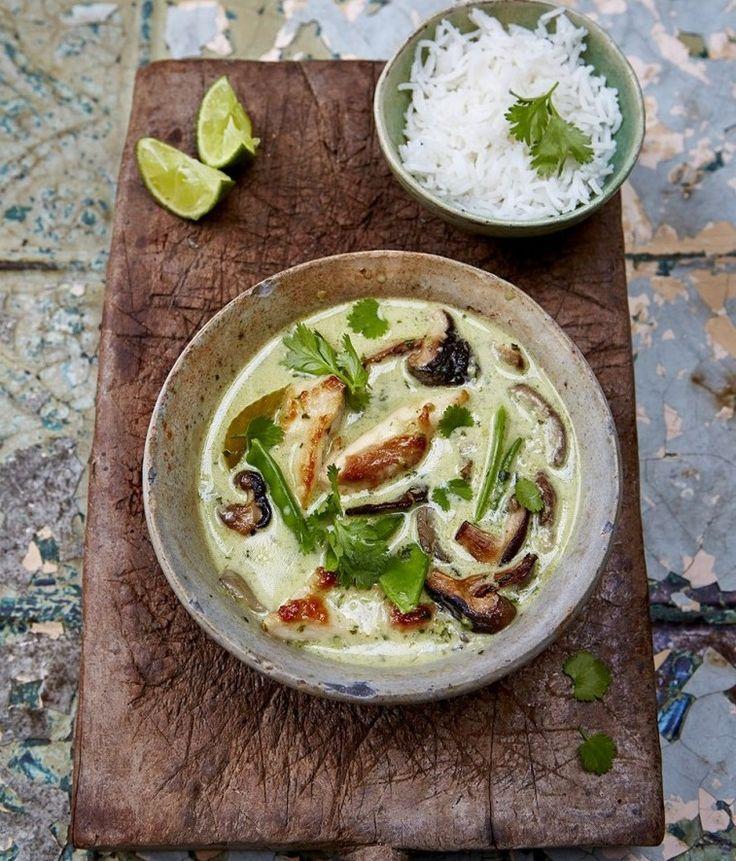 Lahodné a voňavé thajské zelené kari vyrazí vašim chuťovým buňkám dech! Pojďte si s námi uvařit asijskou kuchyni podle světoznámého kuchaře Jamieho Olivera.
