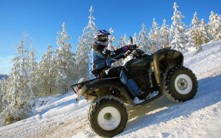 https://flic.kr/p/cAn3U7 | Mönkijäsafari (ATV Safari, Saimaa Adventures) | Mönkijät vievät nopeasti luonnon keskelle niin kesällä kuin talvellakin. Safareilta löytyy kaikille sopivia reittejä ajokokemuksen mukaan. Mönkijäsafareita järjestää Saimaa Adventures.  ATV's are fast way to get middle of nature. Even a beginners can take part to the safaris and previous experience of ATV's are not needed. Routes for drivers on different levels are available. Safaris are organized by Saimaa…