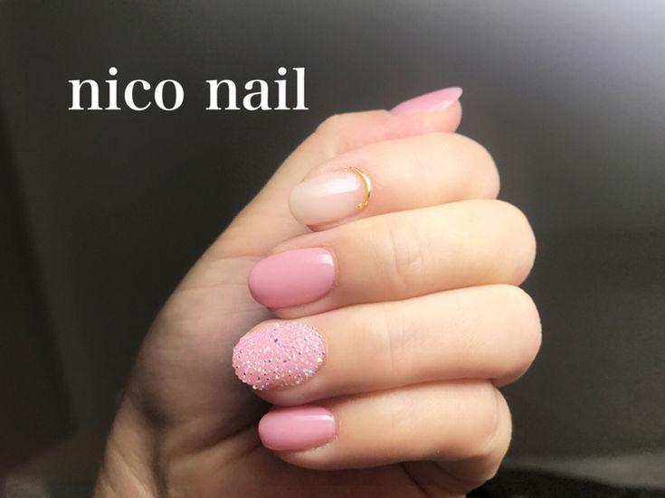 こんにちは、nico nail です。   今回は久しぶりに自分のネイルです。     基本的にシンプルな...