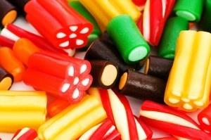 Regalices de colores,puedes encontrar mas en www.martinfloressl.es #fiesta #Golosinas