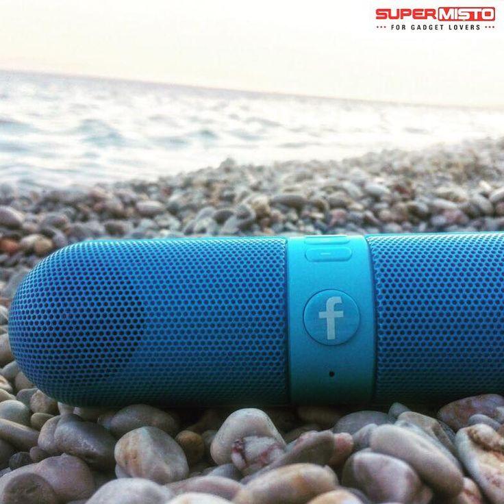 Vremea ține cu noi! Perfect pentru o mini-petrecere pe plajă! 🎉 Boxa întreține atmosfera! Click pe poză și profită de reduceri!