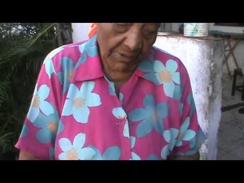 Maria Alexandrina - Benzedeira com 100 anos - YouTube