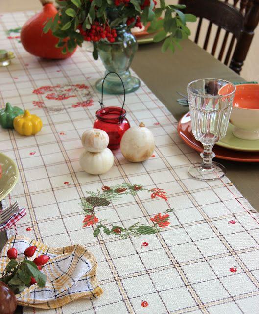 Марусина Шкатулочка: Осенняя дорожка для стола