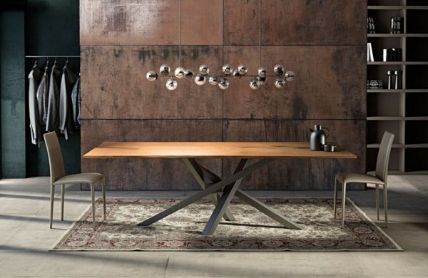 Table de salle à manger moderne : un point focal de la pièce