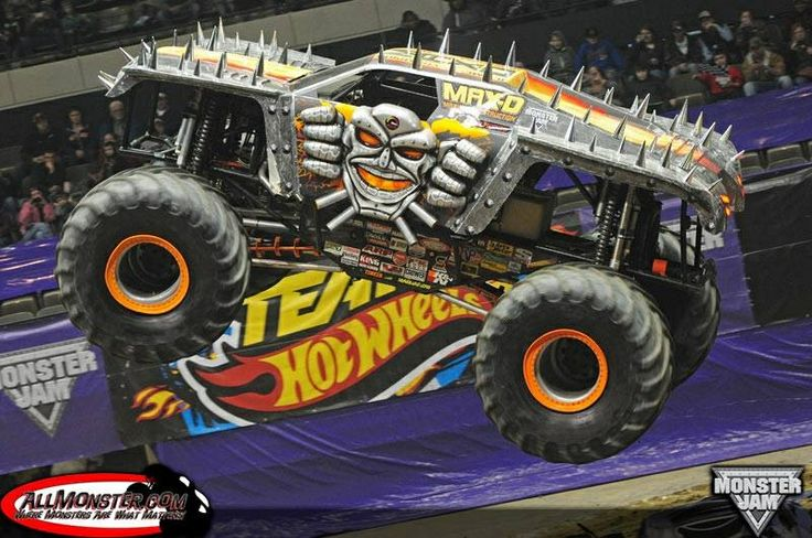 The BEST monster truck driver in the world!! | Monster ...