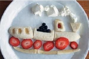 Love the idea of making some fun food art to help kids get interested in what's on their plates.