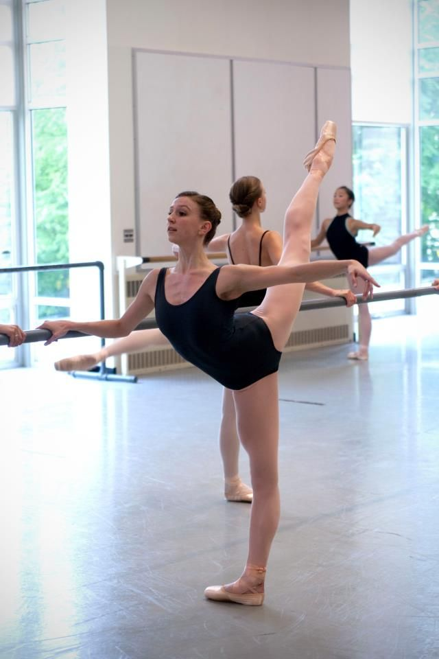 Elle Macy From Pacific Northwest Ballet Dance Pictures