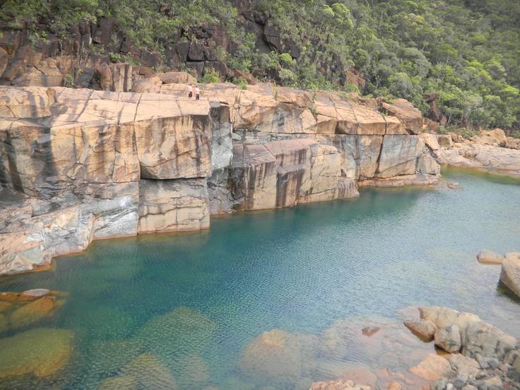 Barrage de Yaté, saut de 12 mètres