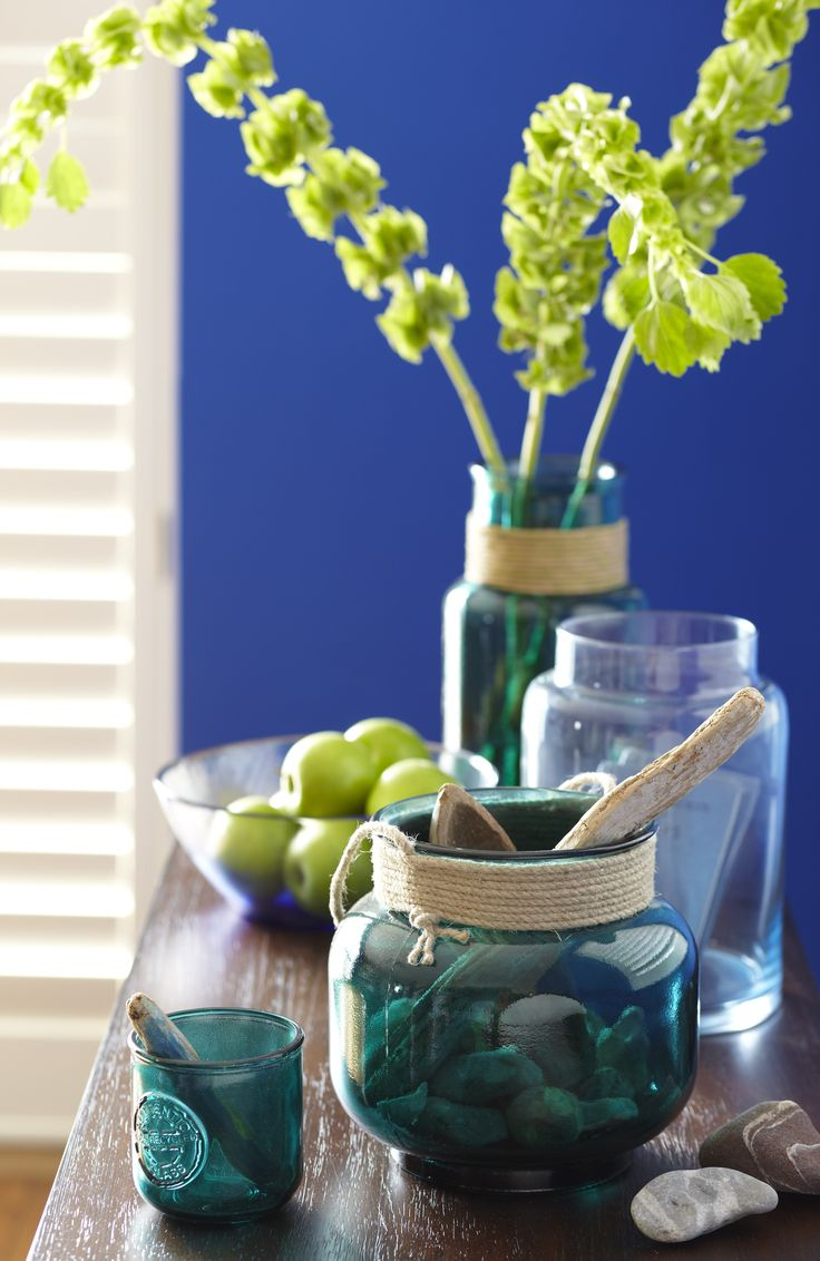 Blue tabletop decor and accessory ideas