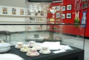 Bowen Library - Eat History