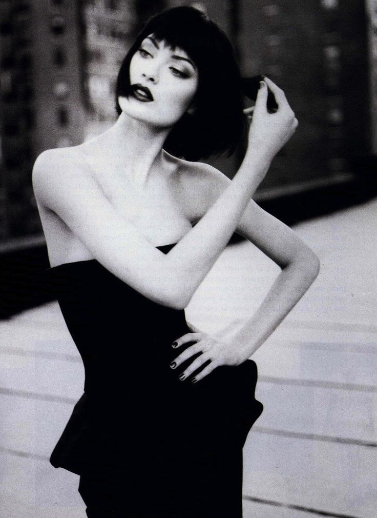 Shalom Harlow by Patrick Demarchelier for Harper's Bazaar January 1995