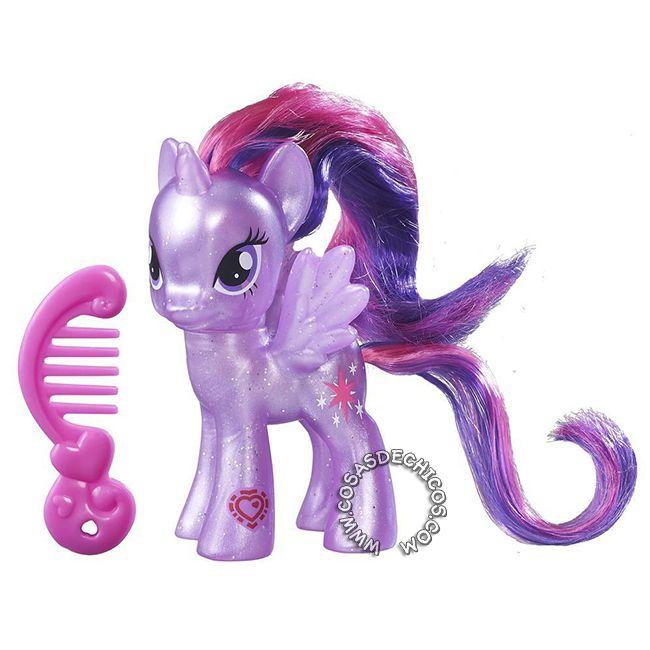 #Figura #MyLittlePony #Explore #Equestria #Twilight #Sparkle -   #Original #Hasbro.    Imperdible colección, con cuerpo perlado y glitter!  Cada figura incluye un peine.  Medida: 8 cm.  Presentación: Blister cerrado.    Recomendado a partir de los 3 años.    #CosasDeChicos #My #Little #Pony #MiPequeñoPony