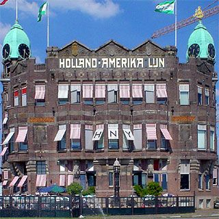 Google Afbeeldingen resultaat voor http://hilton.org.uk/facade/rotterdam-hotel-new-york.jpg