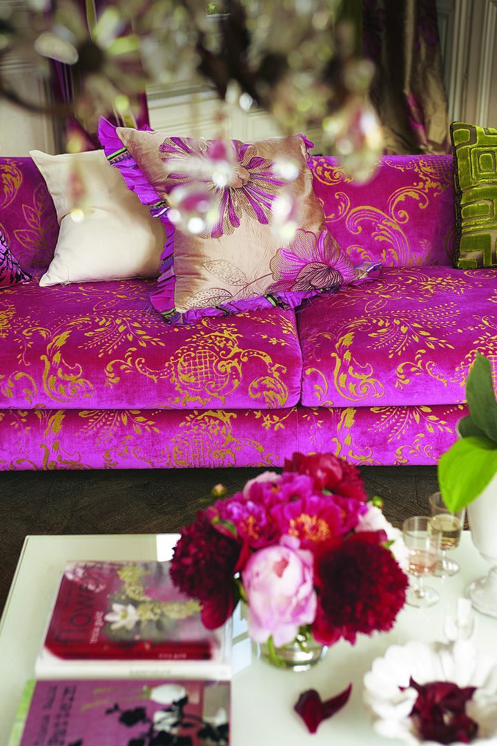 Tricia Guild, Designer´s Guild. I love the fabric, not sure about it on the couch though
