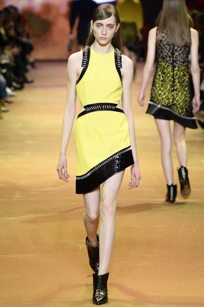 Mugler Fall 2016 Ready-to-Wear Collection Photos - Vogue